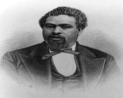 robert smalls the african american civil war hero Smalls served in 17 different military engagements during the civil war after the war, he became a successful businessman and a five-term us representative in fact, smalls was the longest serving african-american member of congress until adam clayton powell, jr in the late 20th century.
