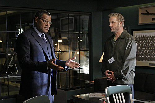 """19 Down"" -- When a new murder leads to a connection with an infamous serial killer, Grissom (William Petersen, right) brings in well-known criminal pathologist Dr. Raymond Langston (Laurence Fishburne), to gain access to the killer and get a crack in the case, on CSI: CRIME SCENE INVESTIGATION, Thursday, December 11(9:00-10:00 PM, ET/PT) on the CBS Television Network.   Photo: Sonja Flemming/CBS  ©2008 CBS Broadcasting Inc. All Rights Reserved."