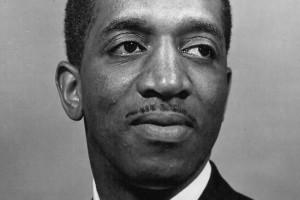 Robert C Henry