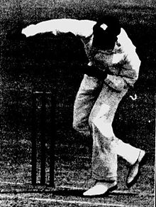 Constantine bowling in 1930