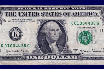 Azie Taylor Morton signature on the US currency