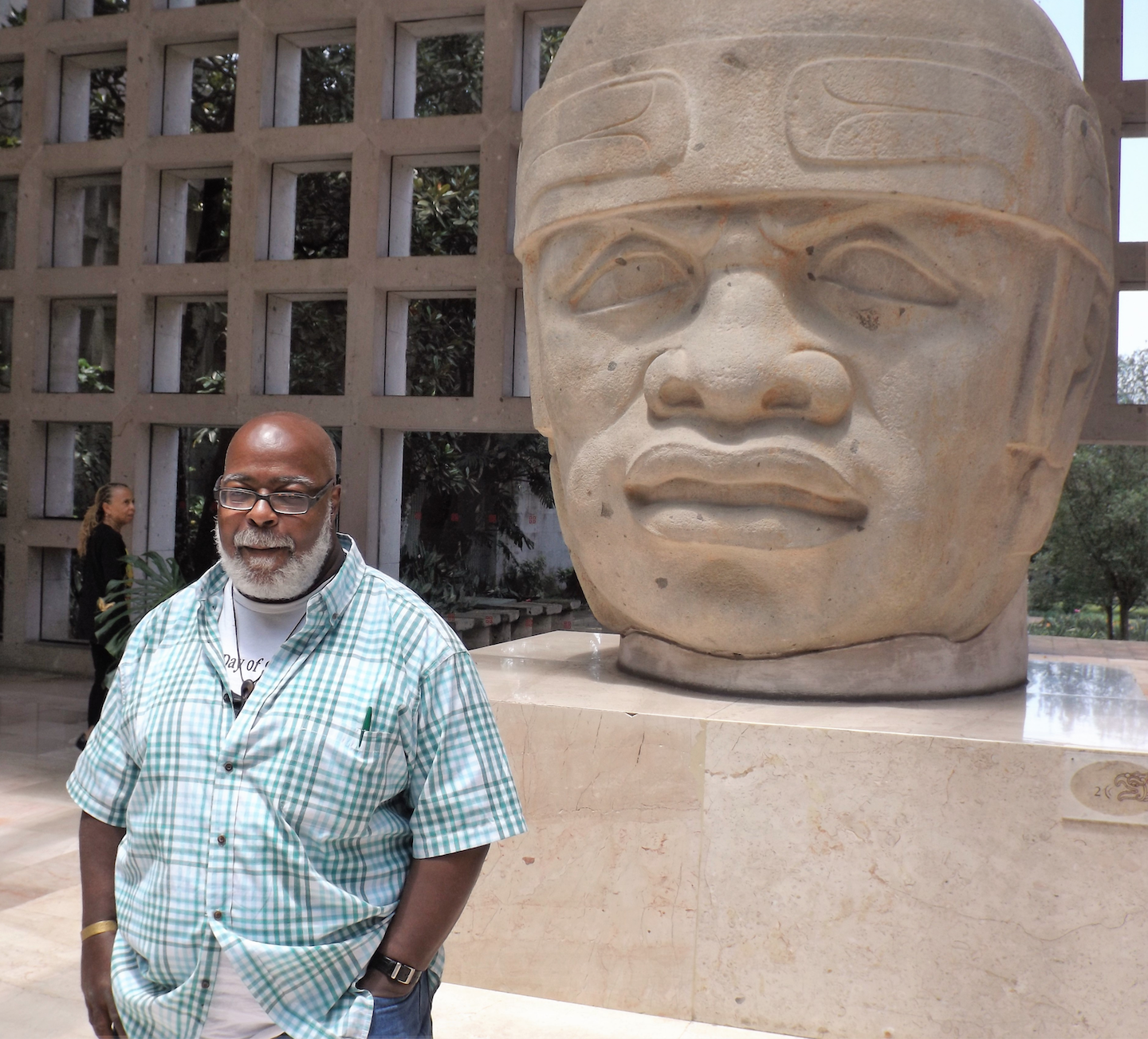 Olmec People Catching up wit...