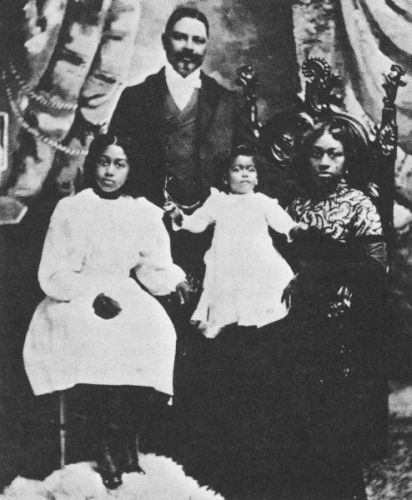 Captain William T Shorey with family