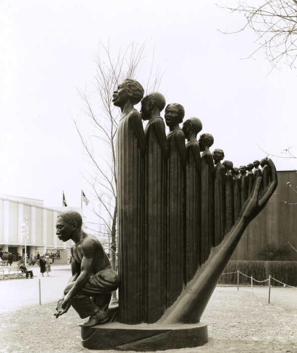 The Harp displayed at the 1939 World's Fair in New York City